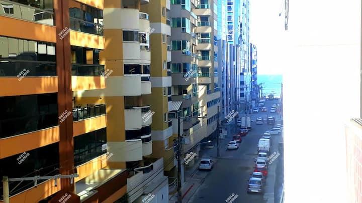 """""""Apartamento Meia Praia"""" Itapema 264"""