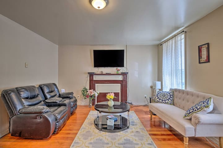 NEW! Downtown Albany Apt - Walk to Cafes & Museums