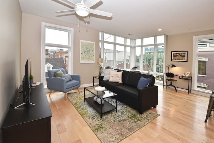 Best-of-the-Best Condo in Heart of OTR w/ Parking!