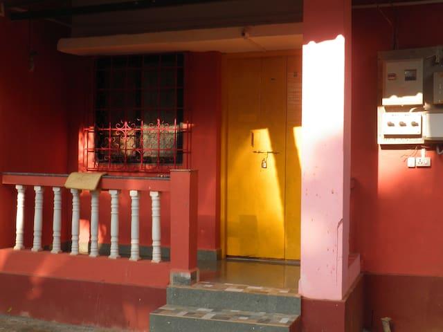 HORIZON GUEST HOUSE ANJUNA ROOM No 3