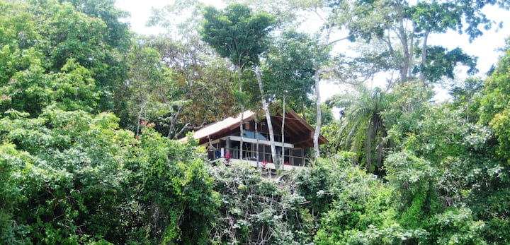 Casa Leon, Isla Boca Brava, Seaside