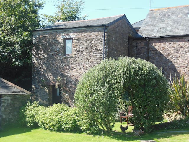 Cosy cottage for two near Dartmouth - Blackawton - House