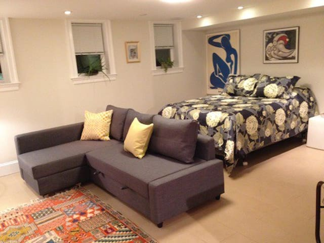 Long term rental $1650/mo for min 12 months- AU