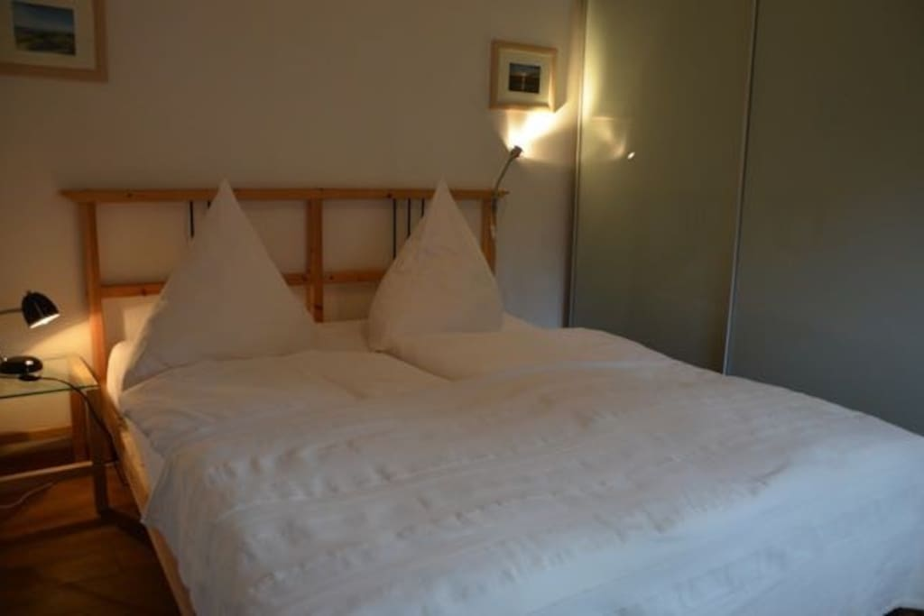 160cm breites Bett