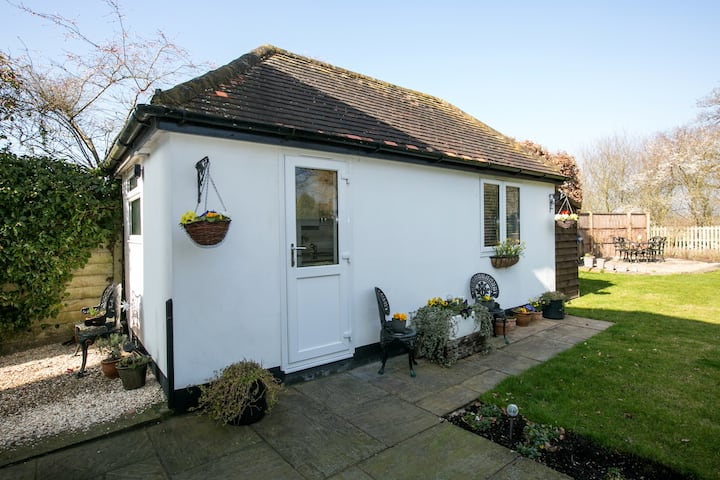 Separate Annexe with it's own entrance.