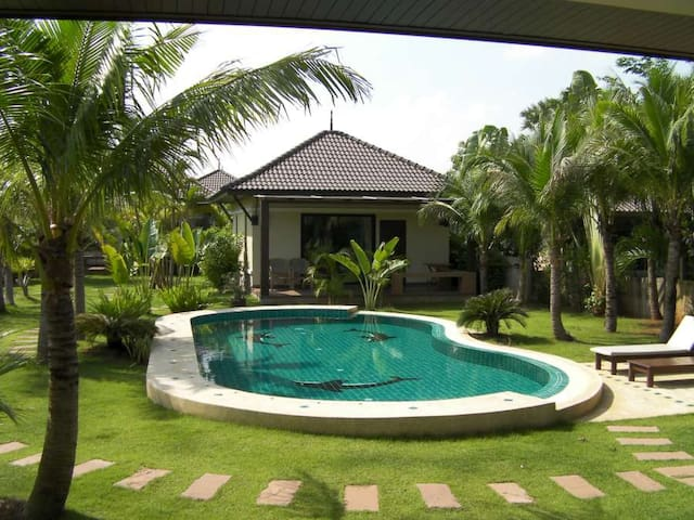 Srisawat luxury villa - Pranburi