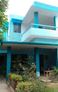 Mita's Blue Haven Home stay - Agra - Bungalow