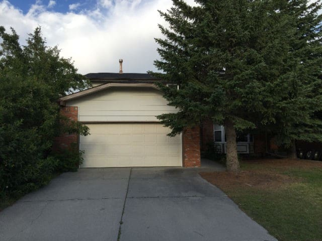 Beautiful fully furnished 7 bedrooms in Woodbine - Calgary - House