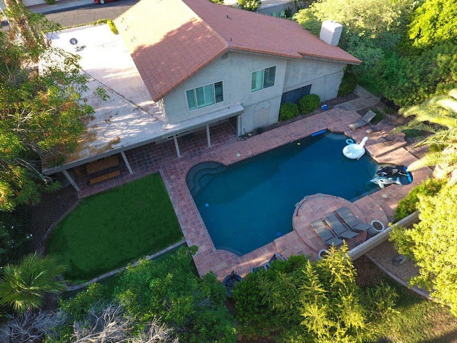 Aerial View Pool/Putting Green