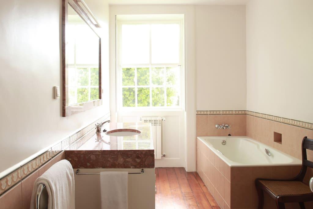 Rosemary bathroom
