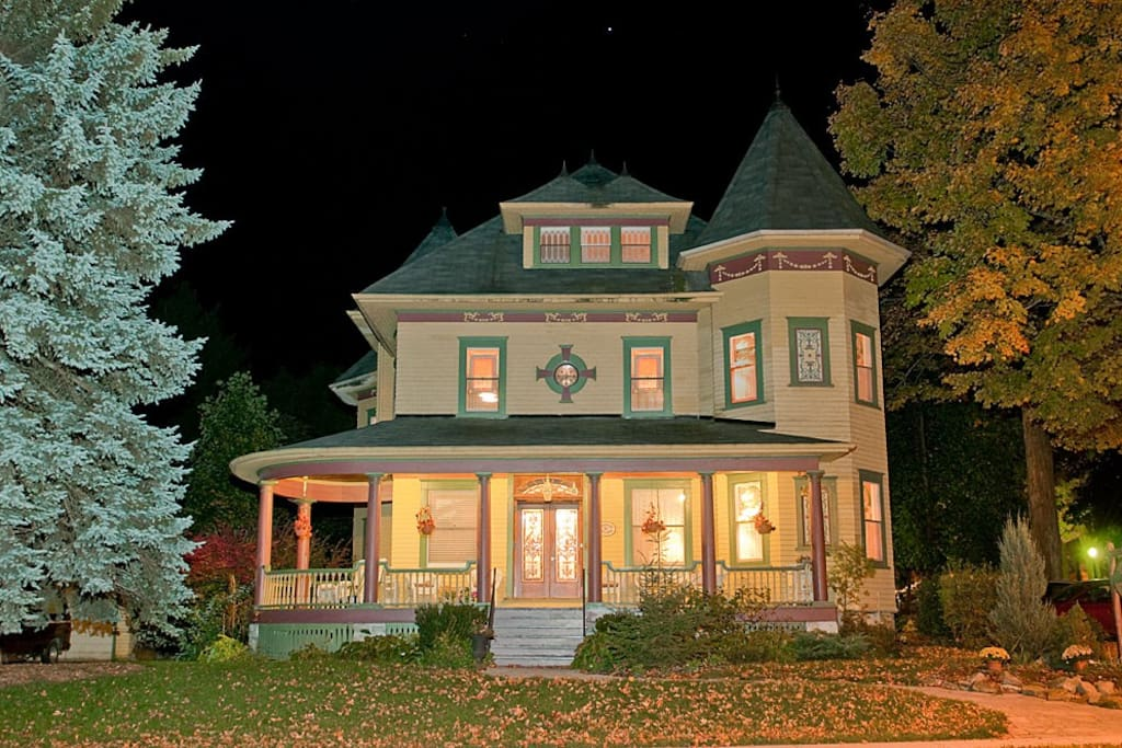 Sleepy Hollow B Amp B Of 1000 Islands Bed And Breakfasts For Rent In Gananoque Ontario Canada