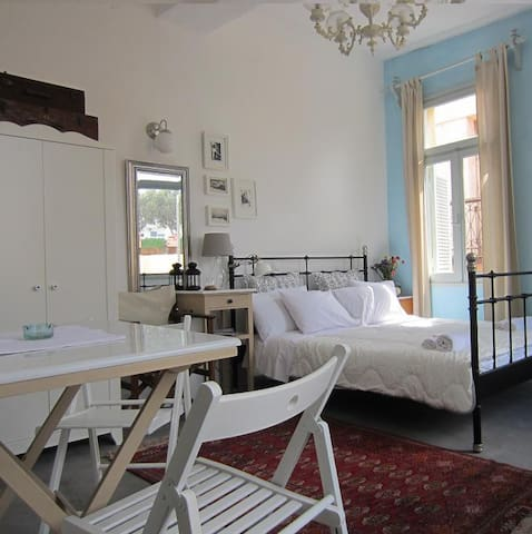 Cozy room in OldTown! - Chania