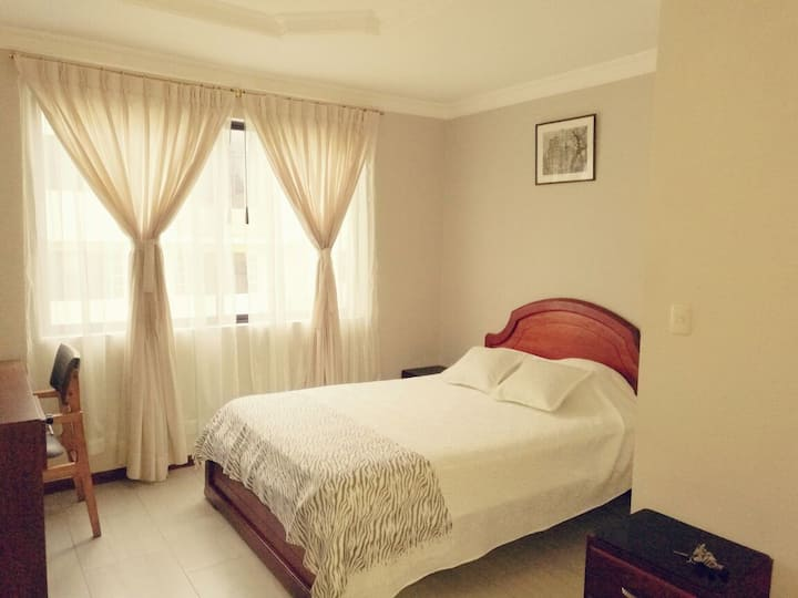 Full furnished 1 bedroom Townhouse (HS Internet)