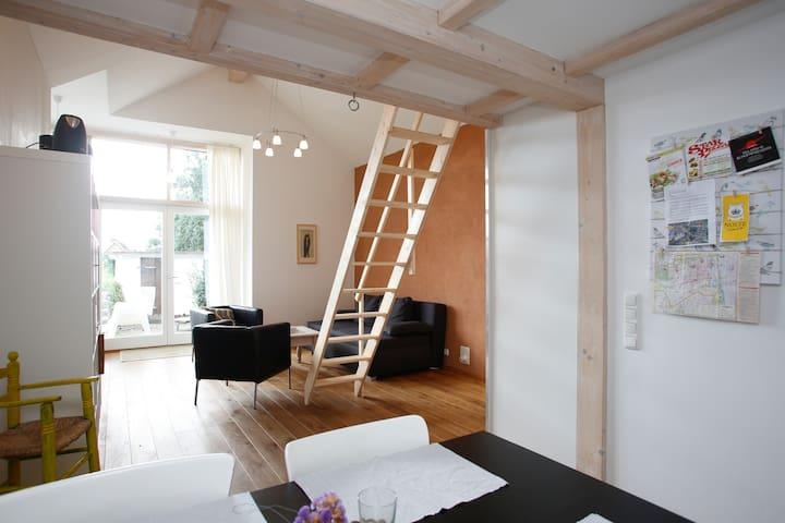 Atelierhaus am Vogelpark Lüneburg - Luneburgo - Casa