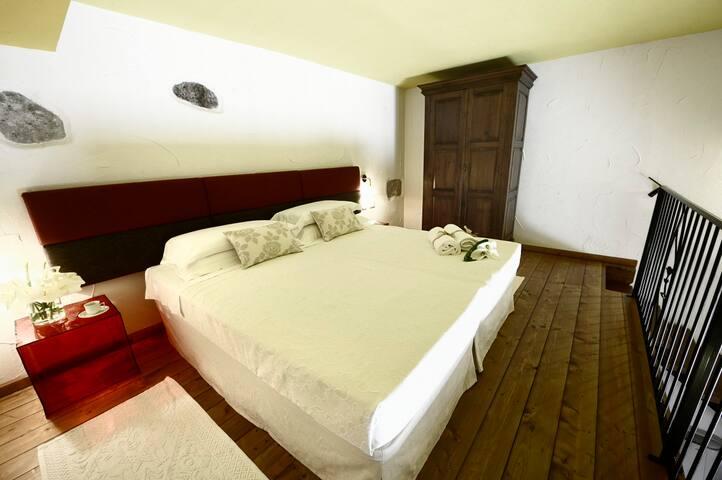 Il Giardino Degli Aranci - Mores - Bed & Breakfast