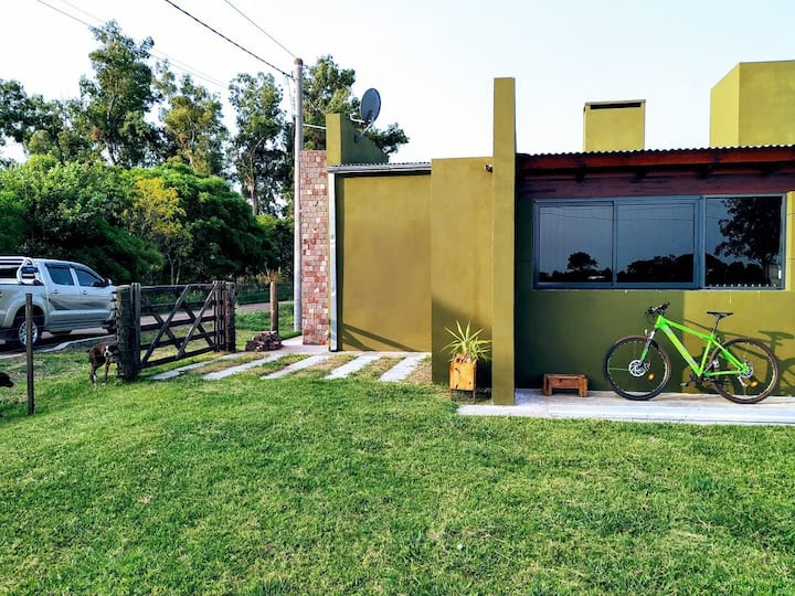 Pequeña casa en pueblo Rural. Zona núcleo Pampeana