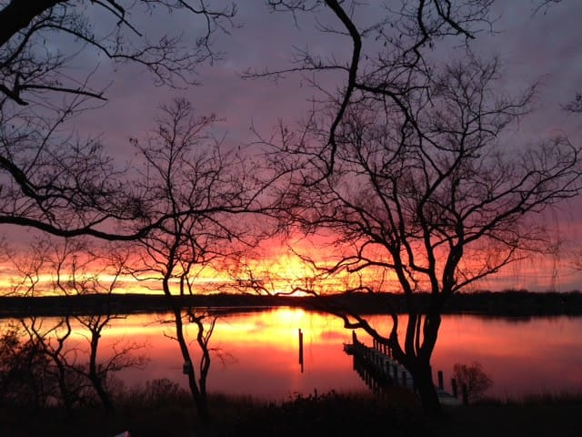 Perfect sunset/water SagHarbor -1st - Sag Harbor - Bed & Breakfast