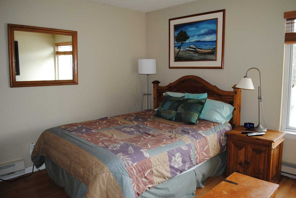 New Queen bed with Sealy mattress and upgraded bedding