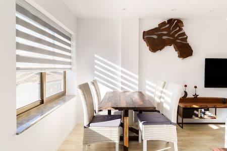 Acogedor, diseño único, en el corazón de Valencia y con parking