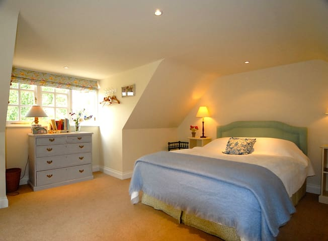 Cosy self catering cottage near Rye