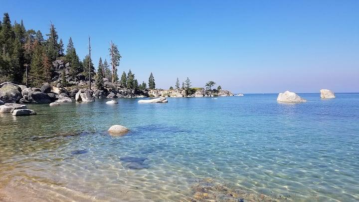 Cozy Updated McCloud Condo 62, Walk to Lake Tahoe