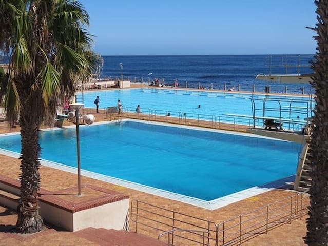 Charming one bedroom apartment in SeaPoint , C T