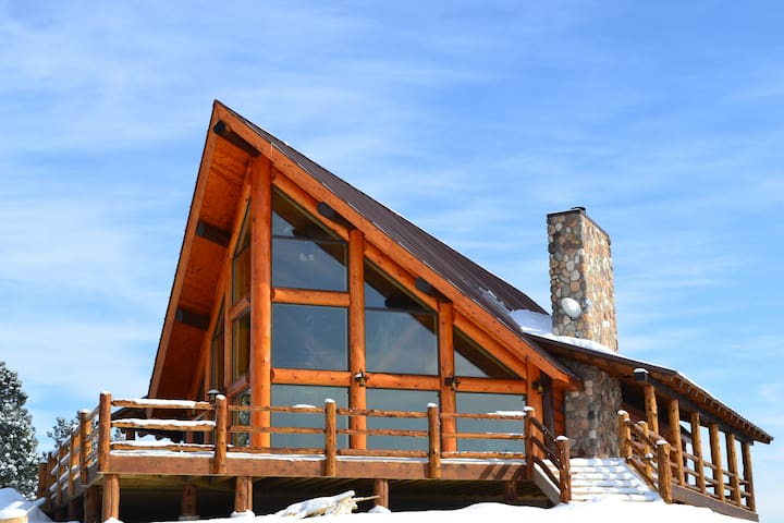 Amazing Rustic Chalet