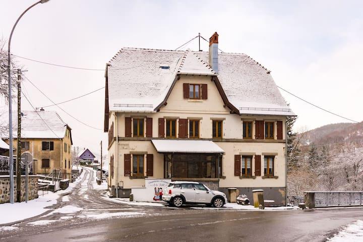 Alluring Holiday Home in Sondernach with Garden