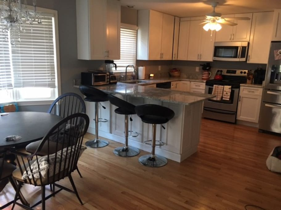 Newly Renovated Kitchen (shared space)