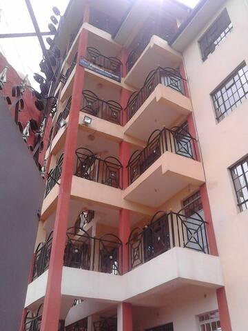 One Bedroom,Quiet, near city center - Nairobi - Pis