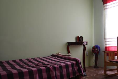 Rest House/Casa de Descanso - Santa María del Tule