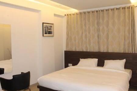 Pvt room near hinjewadi IT hub - Pimpri-Chinchwad