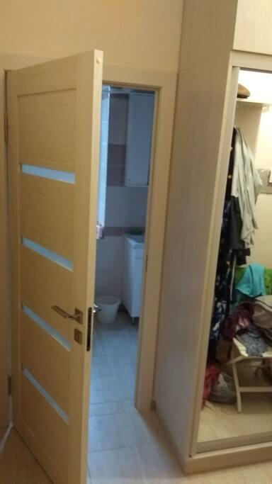 гардероб и ванная