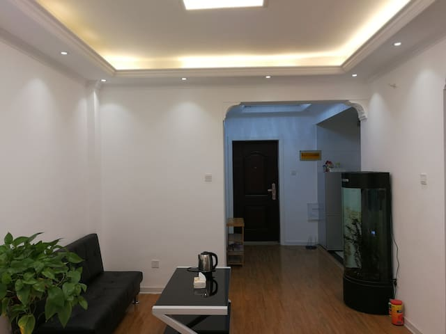 聚空间轻奢公寓
