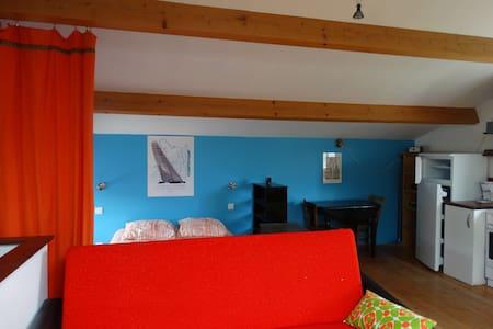 Studio cosy et calme, campagne proche Issoire - Lamontgie - Daire