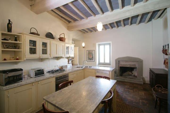 La casa degli artisti - Todi - Apartment