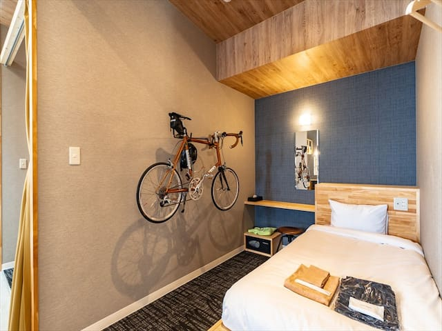 【Capsule Room Single Bed】Cyclist friendly hostel o