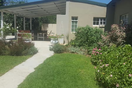 Saligna Garden Cottage. Self catering guest house