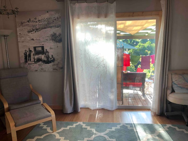 Delightful Room in Bend, Walk to River & Downtown