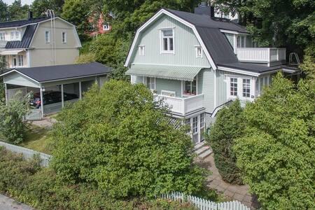 Pispala cosy house. Pispala Tampere huvila.