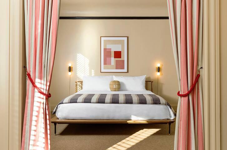Palihotel San Francisco, The King Suite