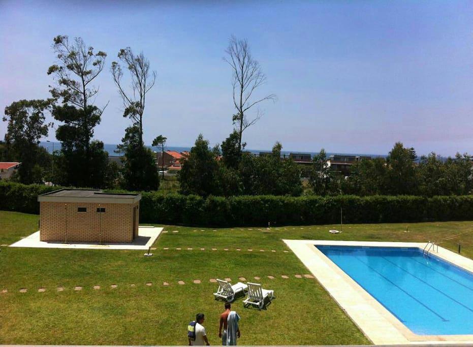 Apartamento a 100 metros da praia appartementen te huur for Piscina 100 metros portugal