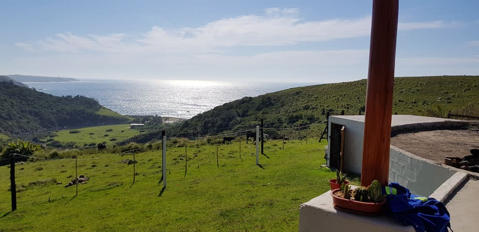 The Great Escape, unspoilt sea views and rural