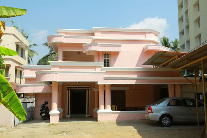 Private Guest Villa in Palayam,Trivandrum City