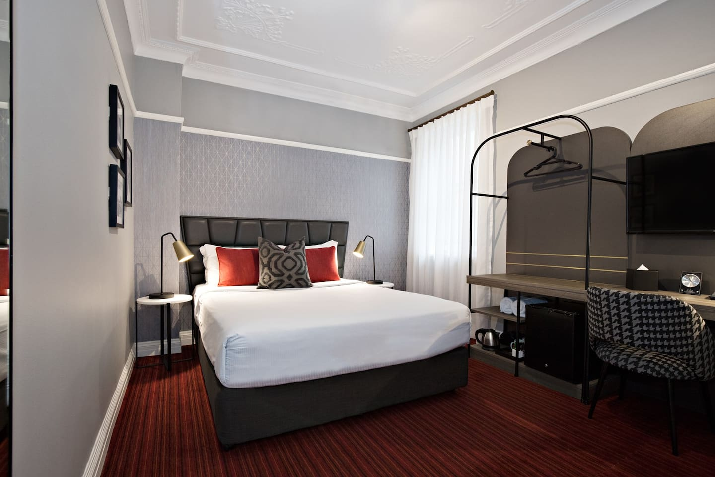 The Double Room is a comfortable option for two guests.