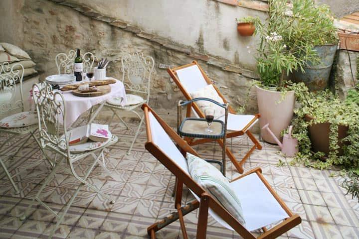 L'Écritoire Romantic French House