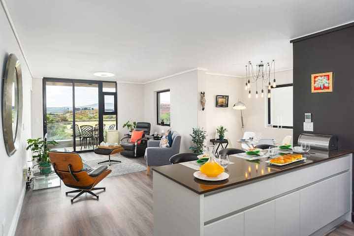 Waters Edge 220 - Two Bedroom Apartment