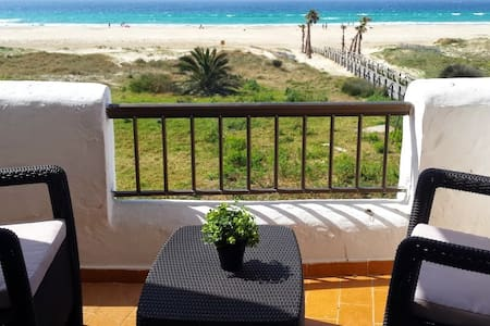 "BEACHFRONT APARTMENT ""BADRA""    NºRTA:VFT/CA/00113"