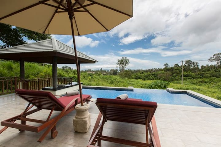 Luxury Pool Villa Baan Natcha - เกาะสมุย