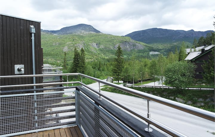 Nice home in Hemsedal with Sauna, WiFi and 2 Bedrooms